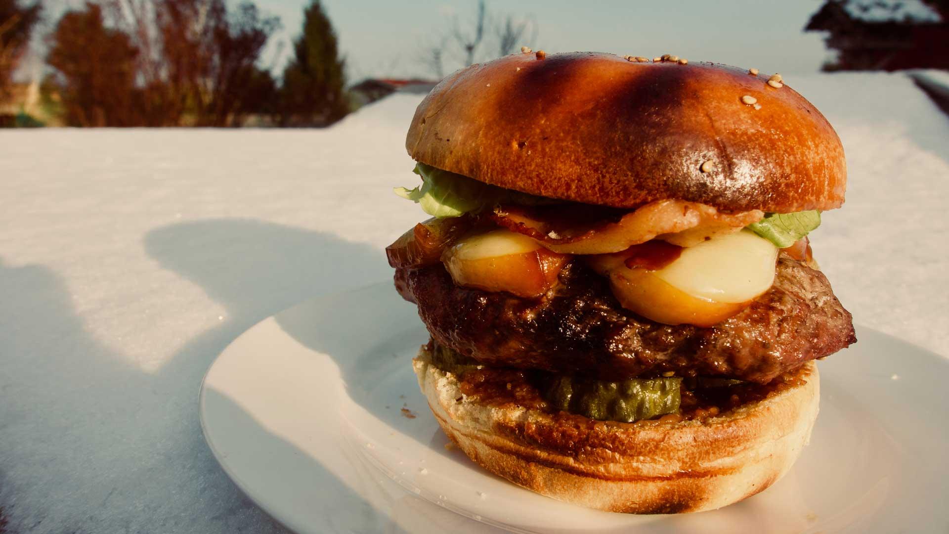 Burger mit Räucherkäse Rezept